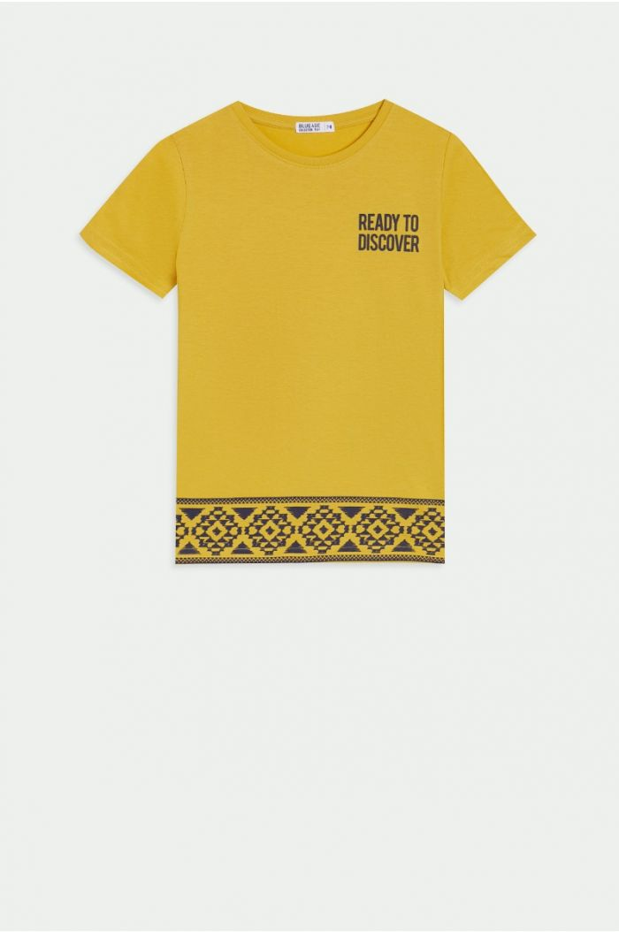 T-shirt with wording print
