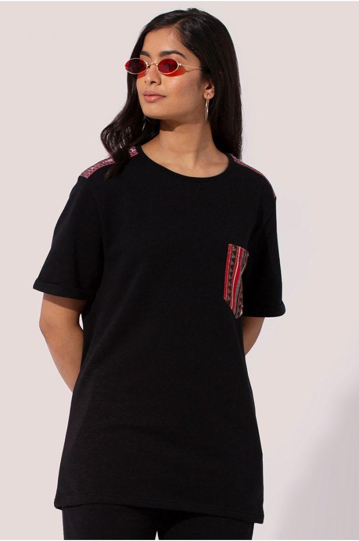 T-shirt with Sadu traditional print